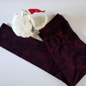 Maurices leggings berry floral soft small NWT